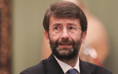 """Il ministro Franceschini: """"Se aprono stadi anche concerti e spettacoli con le stesse regole"""""""